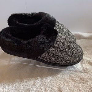 Sweater knit Hoodback slippers